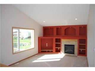 Photo 2: 50 DANUBE Drive in WINNIPEG: West Kildonan / Garden City Residential for sale (North West Winnipeg)  : MLS®# 1014386