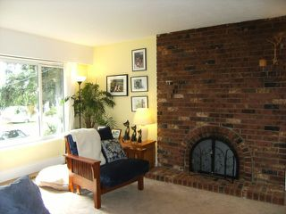 "Photo 3: 11123 BEVERLY Drive in Delta: Nordel House for sale in ""ANNIEVILLE"" (N. Delta)  : MLS®# F1024092"