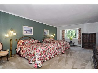 Photo 4: 5708 WESTPORT Road in West Vancouver: Eagle Harbour House for sale : MLS®# V863002