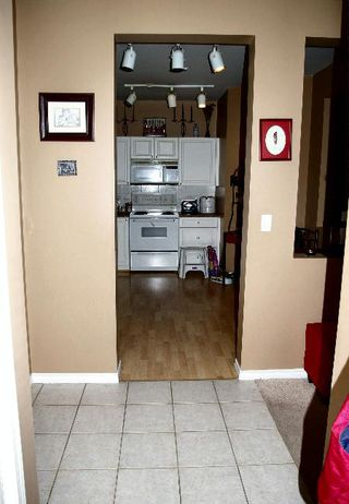 Photo 8: 113 - 20897 57 Avenue: House for sale (Langley City)