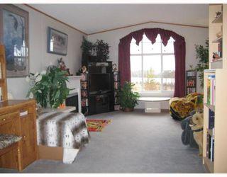 Photo 2: 5605 REID LAKE Road in Prince_George: Reid Lake Manufactured Home for sale (PG Rural North (Zone 76))  : MLS®# N191756