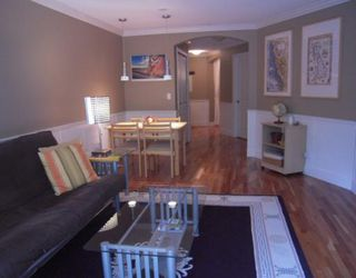 """Photo 1: 168 1100 E 29TH Street in North_Vancouver: Lynn Valley Condo for sale in """"HIGHGATE"""" (North Vancouver)  : MLS®# V773252"""