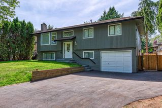 Main Photo: 6113 171A Street in Surrey: Cloverdale BC House for sale (Cloverdale)  : MLS®# R2391284
