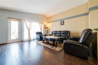 Photo 6: 375 Shorehill Drive in Winnipeg: Royalwood Residential for sale (2J)  : MLS®# 1922628