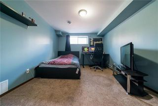Photo 17: 375 Shorehill Drive in Winnipeg: Royalwood Residential for sale (2J)  : MLS®# 1922628