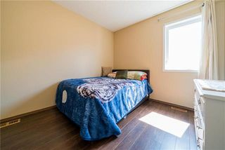 Photo 10: 375 Shorehill Drive in Winnipeg: Royalwood Residential for sale (2J)  : MLS®# 1922628