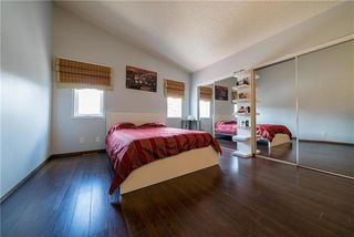Photo 7: 375 Shorehill Drive in Winnipeg: Royalwood Residential for sale (2J)  : MLS®# 1922628