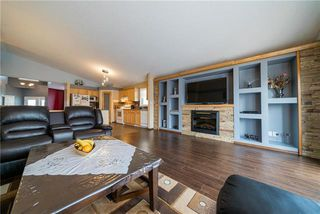 Photo 5: 375 Shorehill Drive in Winnipeg: Royalwood Residential for sale (2J)  : MLS®# 1922628