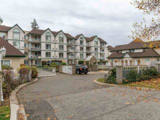 "Main Photo: 302 10082 132 Street in Surrey: Whalley Condo for sale in ""Melrose Court"" (North Surrey)  : MLS®# R2418940"