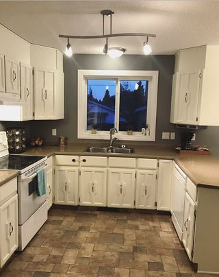 Photo 7: 5916 53 Avenue: Redwater House for sale : MLS®# E4180700