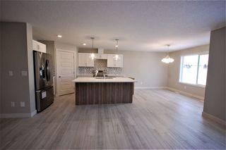 Photo 4: 3614 49 Avenue: Beaumont House Half Duplex for sale : MLS®# E4182178
