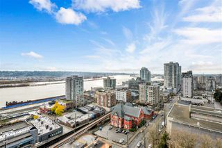 """Photo 1: 1703 610 VICTORIA Street in New Westminster: Downtown NW Condo for sale in """"THE POINT"""" : MLS®# R2431957"""