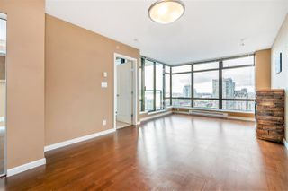 """Photo 10: 1703 610 VICTORIA Street in New Westminster: Downtown NW Condo for sale in """"THE POINT"""" : MLS®# R2431957"""