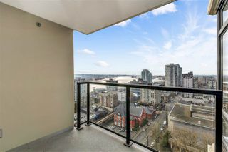 """Photo 3: 1703 610 VICTORIA Street in New Westminster: Downtown NW Condo for sale in """"THE POINT"""" : MLS®# R2431957"""