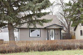 Photo 1: 52 Charles Crescent in Regina: Rosemont Residential for sale : MLS®# SK806148