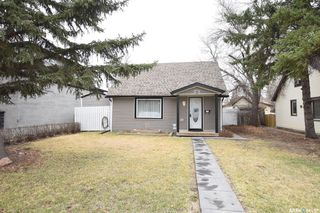 Photo 37: 52 Charles Crescent in Regina: Rosemont Residential for sale : MLS®# SK806148