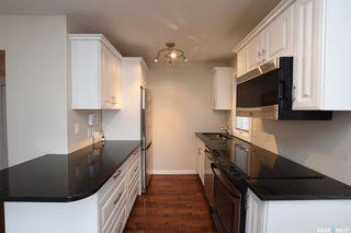 Photo 8: 52 Charles Crescent in Regina: Rosemont Residential for sale : MLS®# SK806148