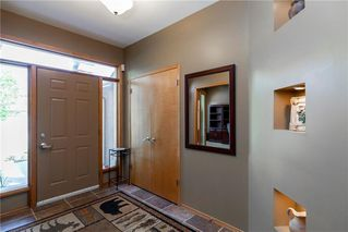 Photo 2: 263 Southbridge Drive in Winnipeg: Southdale Residential for sale (2H)  : MLS®# 202012657