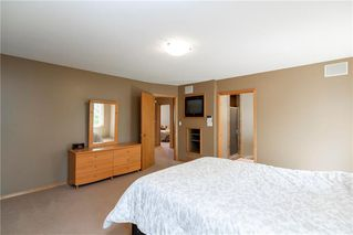 Photo 21: 263 Southbridge Drive in Winnipeg: Southdale Residential for sale (2H)  : MLS®# 202012657