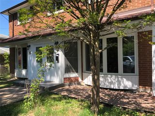 Photo 3: 16 Hobart Drive in Toronto: Don Valley Village House (2-Storey) for sale (Toronto C15)  : MLS®# C4806483