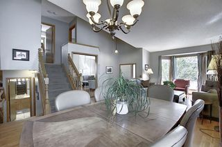 Photo 7: 111 HAWKHILL Court NW in Calgary: Hawkwood Detached for sale : MLS®# A1022397