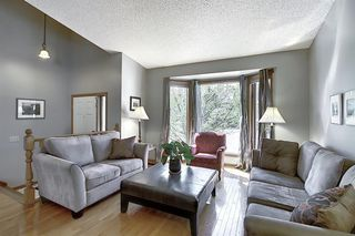 Photo 4: 111 HAWKHILL Court NW in Calgary: Hawkwood Detached for sale : MLS®# A1022397