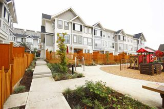 Photo 1: 19 7169 208A Street in Langley: Willoughby Heights Townhouse for sale : MLS®# R2489879