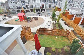 Photo 5: 19 7169 208A Street in Langley: Willoughby Heights Townhouse for sale : MLS®# R2489879