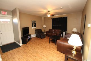 Photo 3: 304 1st Street West in Delisle: Residential for sale : MLS®# SK830066