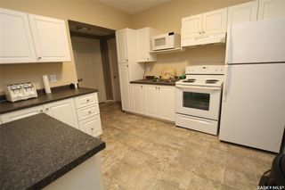 Photo 5: 304 1st Street West in Delisle: Residential for sale : MLS®# SK830066