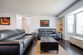 """Photo 5: 21246 95A Avenue in Langley: Walnut Grove House for sale in """"Walnut Grove"""" : MLS®# R2508357"""