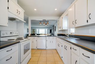 """Photo 7: 21246 95A Avenue in Langley: Walnut Grove House for sale in """"Walnut Grove"""" : MLS®# R2508357"""