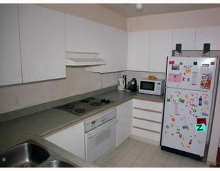 "Photo 4: 216 8620 JONES Road in Richmond: Brighouse South Condo for sale in ""SUNNYVALE"" : MLS®# V787475"