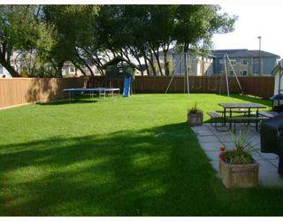 Photo 9: 228 GRASSIE Boulevard in WINNIPEG: North Kildonan Residential for sale (North East Winnipeg)  : MLS®# 2918390