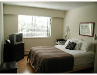 "Photo 6: 204 9101 HORNE Street in Burnaby: Government Road Condo for sale in ""WOODSTONE PLACE"" (Burnaby North)  : MLS®# V805435"