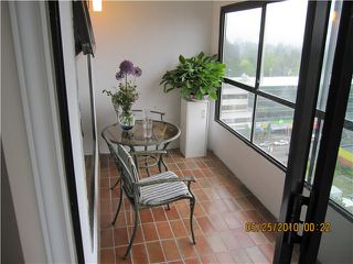 "Photo 8: 1206 615 BELMONT Street in New Westminster: Uptown NW Condo for sale in ""BELMONT TOWERS"" : MLS®# V833348"