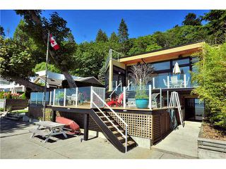 "Photo 2: 924 TSAWWASSEN BEACH Road in Tsawwassen: English Bluff House for sale in ""TSAWWASSEN BEACH"" : MLS®# V841978"