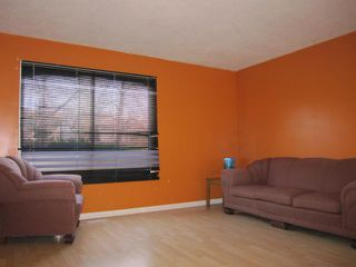 Photo 2: 181 CHARTER Drive in WINNIPEG: Maples / Tyndall Park Residential for sale (North West Winnipeg)  : MLS®# 1019796