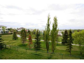 Photo 20: 230 Douglas Woods Close SE in CALGARY: Douglasdale Estates Residential Detached Single Family for sale (Calgary)  : MLS®# C3450579