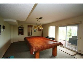 Photo 13: 230 Douglas Woods Close SE in CALGARY: Douglasdale Estates Residential Detached Single Family for sale (Calgary)  : MLS®# C3450579