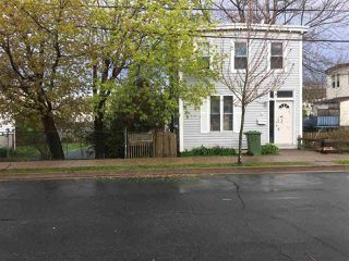 Main Photo: 4 Myrtle Street in Dartmouth: 10-Dartmouth Downtown To Burnside Residential for sale (Halifax-Dartmouth)  : MLS®# 202001989