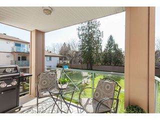 "Photo 4: 219 22150 48 Avenue in Langley: Murrayville Condo for sale in ""Eaglecrest"" : MLS®# R2439305"
