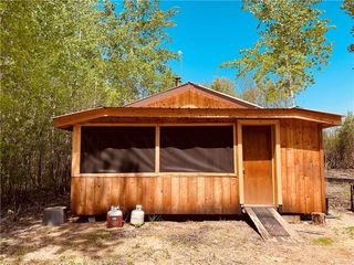 Photo 1: 81151 hwy 5 east Road in Sprague: R17 Residential for sale : MLS®# 202012427