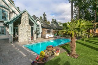 "Photo 6: 2534 CEDAR Drive in Surrey: Crescent Bch Ocean Pk. House for sale in ""CRESCENT HEIGHTS"" (South Surrey White Rock)  : MLS®# R2476869"