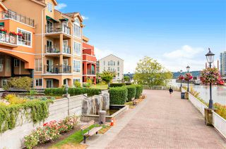 "Photo 17: 111 6 RENAISSANCE Square in New Westminster: Quay Condo for sale in ""THE RIALTO"" : MLS®# R2502495"
