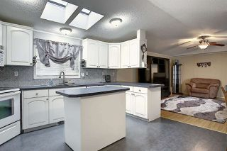 Photo 10: 3125 Lakewood Crescent in Edmonton: Zone 59 Mobile for sale : MLS®# E4219020