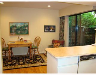 """Photo 4: 4154 VINE Street in Vancouver: Quilchena Townhouse for sale in """"ARBUTUS VILLAGE"""" (Vancouver West)  : MLS®# V785972"""