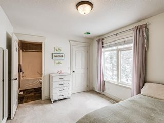 Photo 27: 4613 Monterey Avenue NW in Calgary: Montgomery Semi Detached for sale : MLS®# A1048374