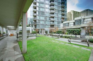 "Photo 13: 2001 1211 MELVILLE Street in Vancouver: Coal Harbour Condo for sale in ""RITZ"" (Vancouver West)  : MLS®# R2517270"
