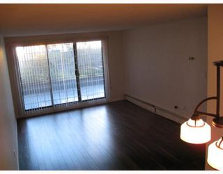 "Photo 3: 112 2033 TRIUMPH Street in Vancouver: Hastings Condo for sale in ""MACKENZIE HOUSE"" (Vancouver East)  : MLS®# V790417"